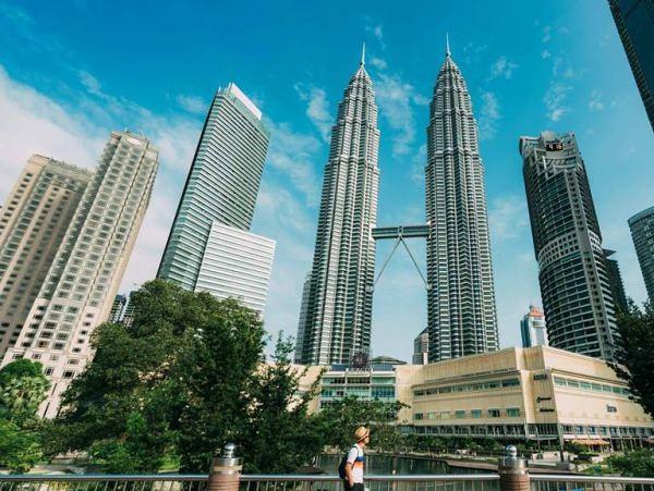 Kuala Lumpur Sentral là trung tâm giao thông chính của mọi loại phương tiện công cộng.