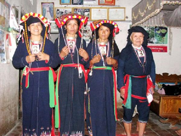 Lễ hội Nhiàng chầm đao được thực hiện khi gia đình đã phải trải qua những nghi lễ đã được đồng bào tự quy định, khẳng định sự kính trọng đối với tổ tiên, nhắc nhở con cháu luôn nhớ về tổ tiên, nguồn cội của mình