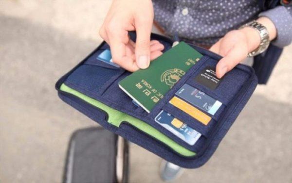 Những vật dụng cần thiết tín đồ du lịch chớ quên mang theo
