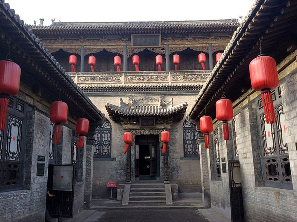 Vẻ đẹp cổ kính của thị trấn cổ đẹp nhất Trung Quốc