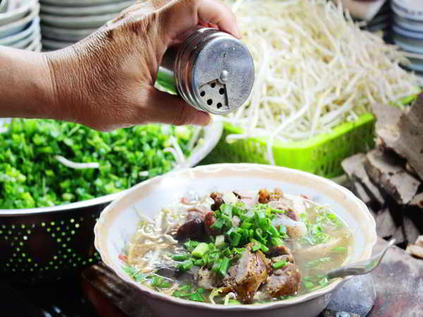 5 quán cháo lòng Sài Gòn ngon hết sẩy bảo đảm ăn là mê
