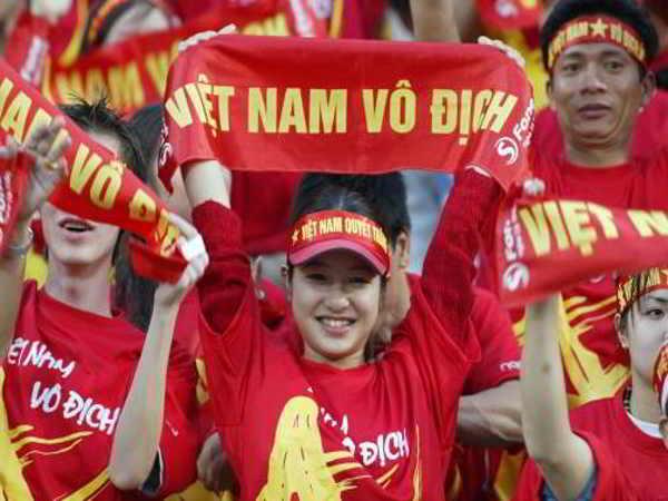 Khách đặt tour sang Philippines ủng hộ tuyển Việt Nam ngày một tăng cao