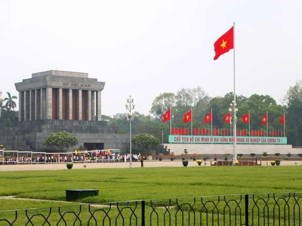 Quảng Trường Ba Đình - di tích lịch sử văn hóa niềm tự hào của Thủ Đô