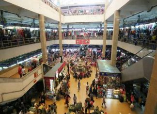 Ghé thăm chợ Đồng Xuân tồn tại hơn 200 năm ở Hà Nội