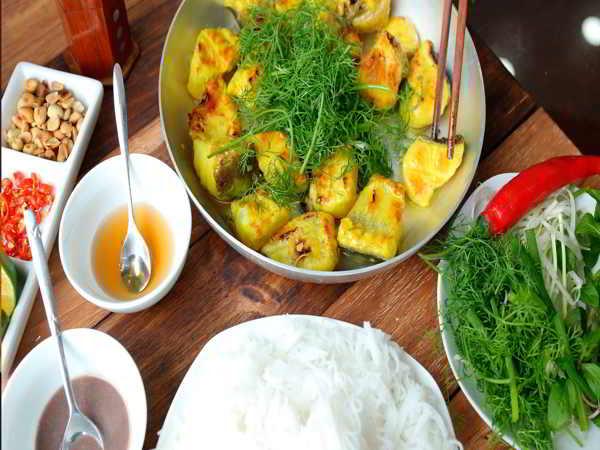 Chả cá Lã Vọng - Đặc sản nổi tiếng Hà Thành