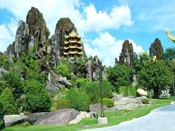 Khám phá truyền thuyết và cảnh đẹp ngũ hành sơn Đà Nẵng