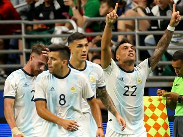 Lautaro Martinez tỏa sáng giúp Argentina thắng Mexico 4-0