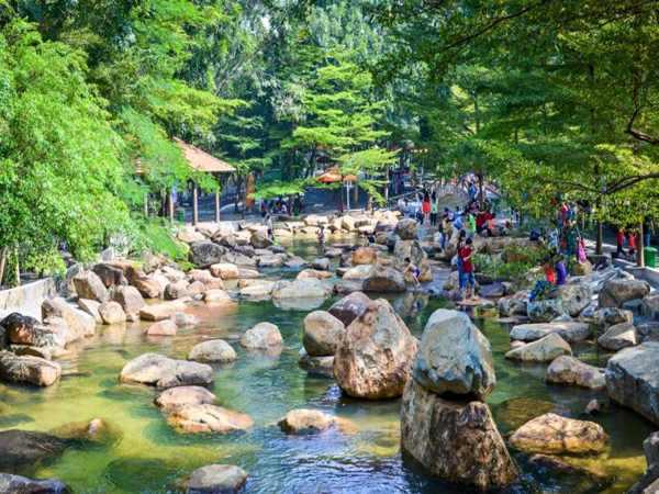 Kinh nghiệm vui chơi ở khu du lịch Thủy Châu