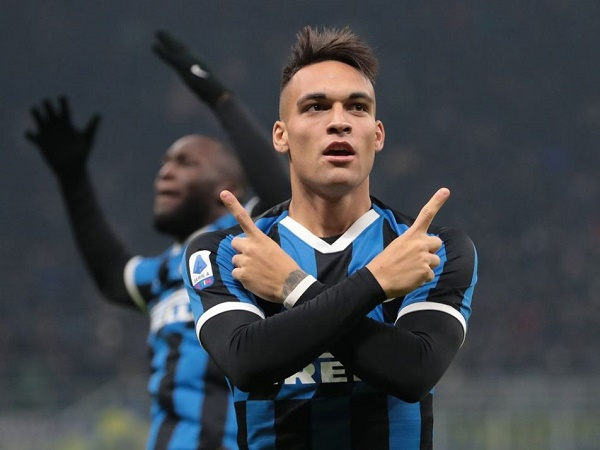 Barca chi 111 triệu euro mua tiền đạo Lautaro Martinez của Inter Milan