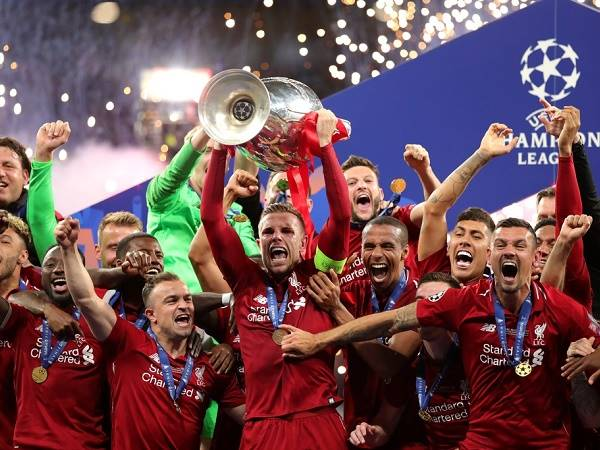 Tin bóng đá Liverpool 11/3: Liverpool có thể ăn mừng chức vô địch không có khán giả