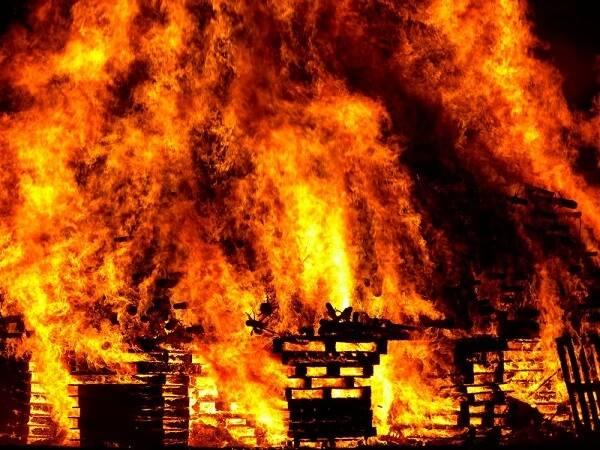 Nằm mơ thấy cháy nhà là điềm báo gì, lành hay dữ? Con số liên quan