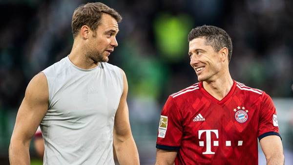 Lewandowski và Neuer đi vào lịch sử Bundesliga