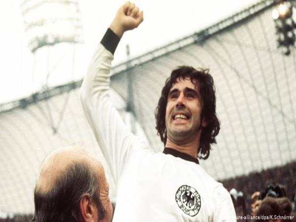 Top 3 cầu thủ ghi nhiều nhất BundesLiga